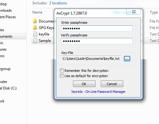 Entering a passphrase and key file for encryption.